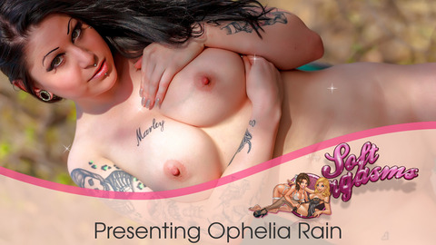 MODEL Meet Ophelia Rain!